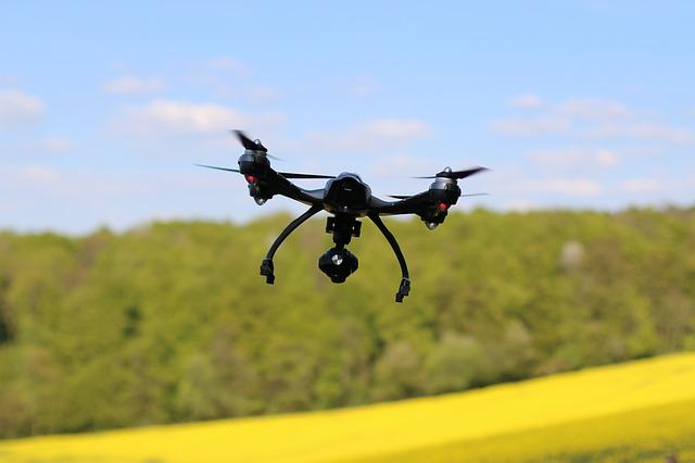 drone-1816506_640